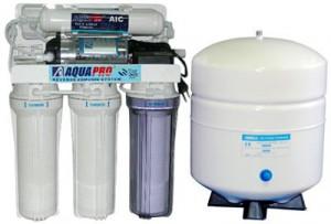 Как правильно купить очиститель воды для квартиры